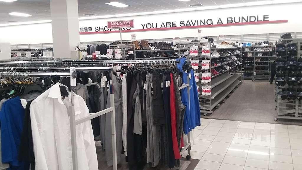 Burlington - clothing store  | Photo 10 of 10 | Address: 1925 Turnbull Ave, The Bronx, NY 10473, USA | Phone: (718) 518-3190