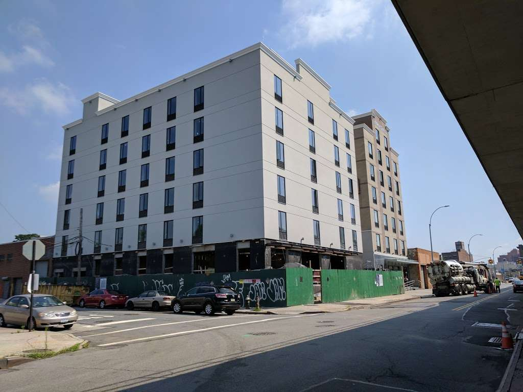 Pride Management LLC Hotel - lodging  | Photo 2 of 10 | Address: 139-1 Archer Ave, Jamaica, NY 11435, USA