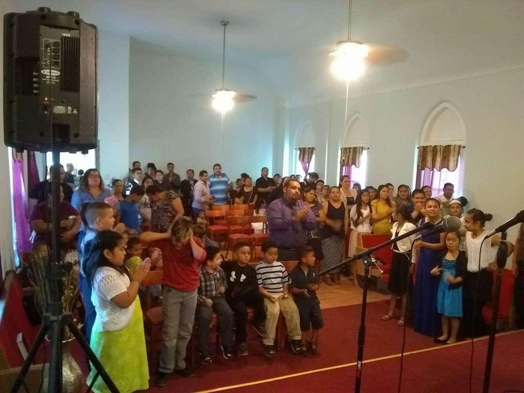 IGLESIA CRISTIANA MARANATHA KC TRUMAN - church    Photo 5 of 10   Address: 3302, 1833 Askew Ave, Kansas City, MO 64127, USA   Phone: (913) 244-2929