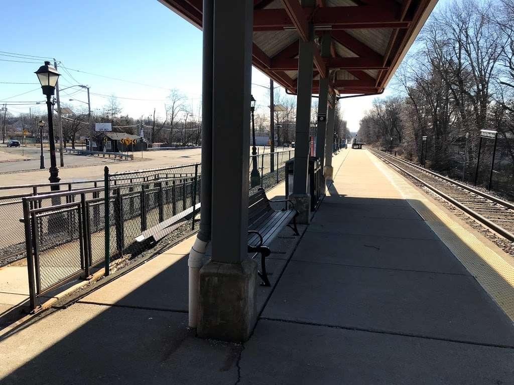 Mountain View-Wayne Station - train station    Photo 8 of 10   Address: 11 Erie Ave, Wayne, NJ 07470, USA