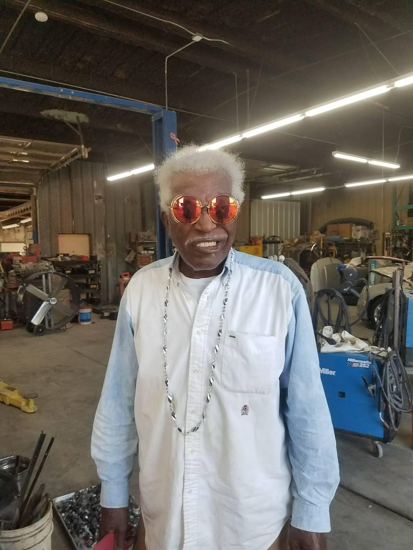 Impala Motors - car dealer  | Photo 9 of 10 | Address: 3316 Thomas St, Memphis, TN 38127, USA | Phone: (901) 358-9300