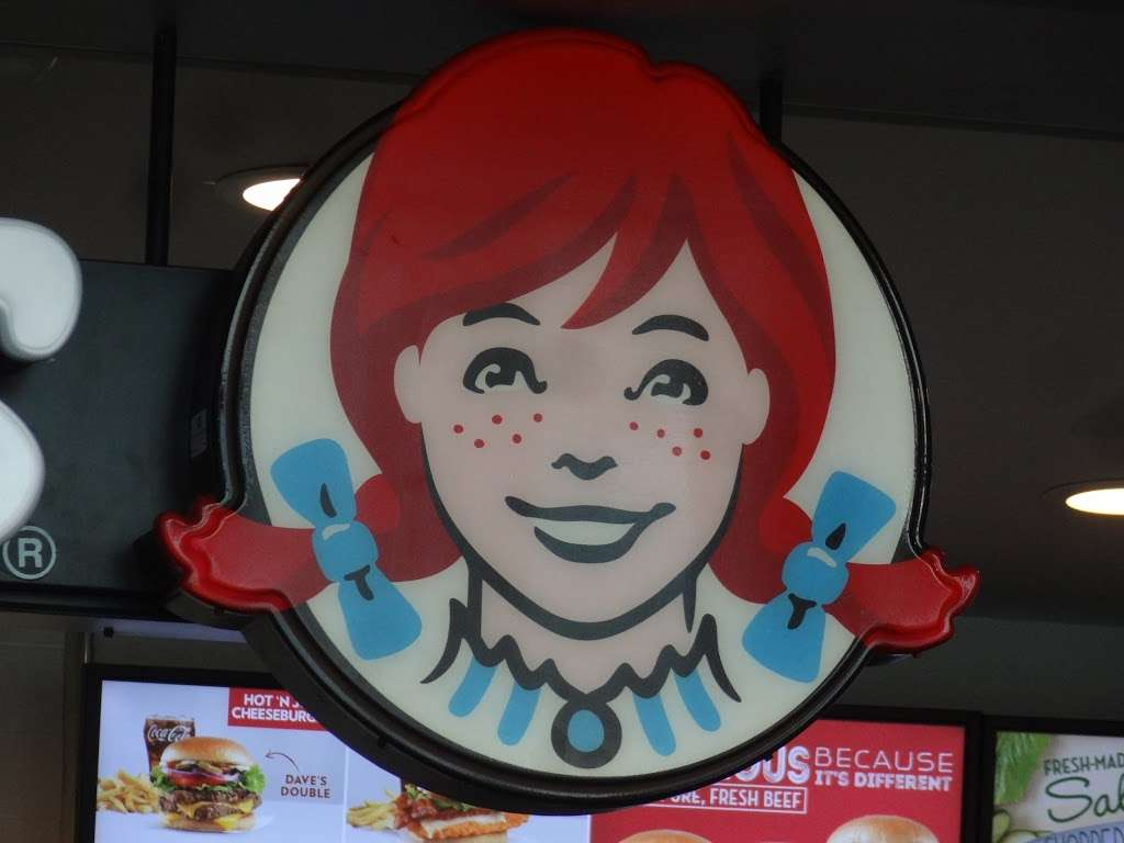Wendys - restaurant  | Photo 8 of 10 | Address: 4 South St Space 2, New York, NY 10004, USA | Phone: (212) 220-9989