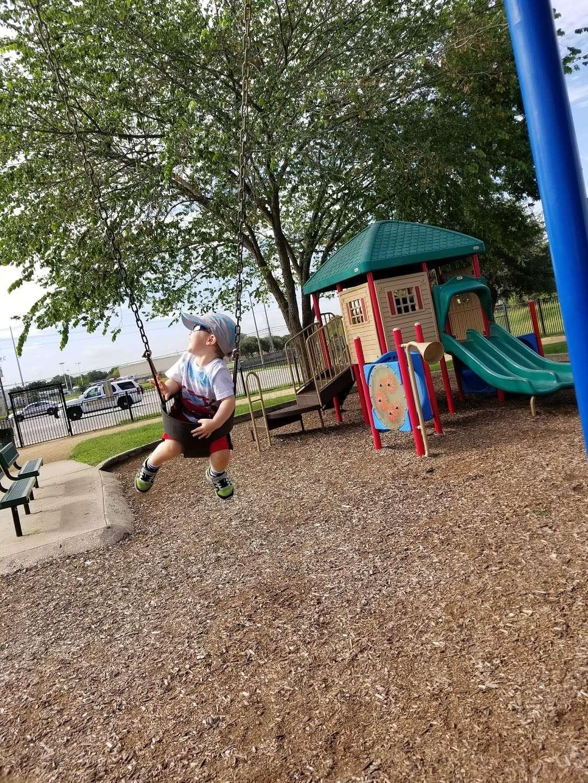 Fry Road Park - park  | Photo 5 of 10 | Address: 19818 Franz Rd, Katy, TX 77449, USA | Phone: (281) 496-2177