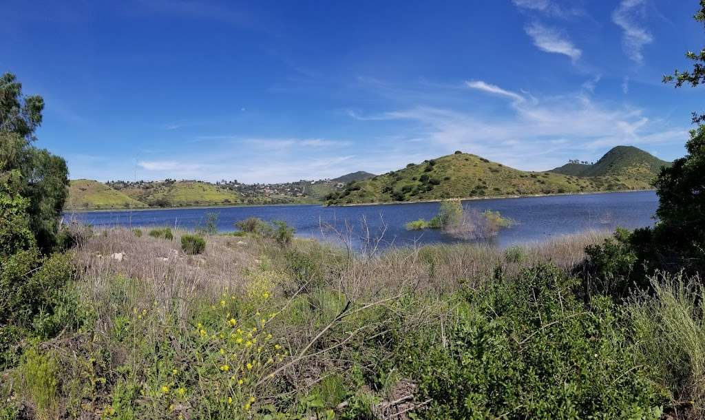 Lake Hodges Water Recreation Area - park  | Photo 8 of 10 | Address: Lake Dr, Escondido, CA 92033, USA | Phone: (760) 432-2023