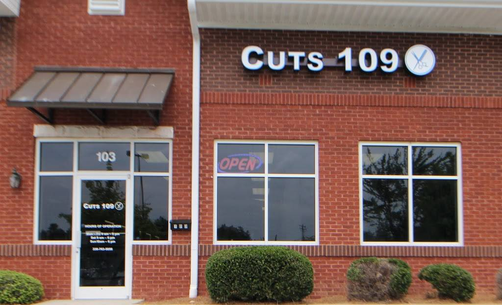 Cuts 109 - hair care    Photo 8 of 8   Address: 1228 Guilford College Rd #103, Jamestown, NC 27282, USA   Phone: (336) 338-0741