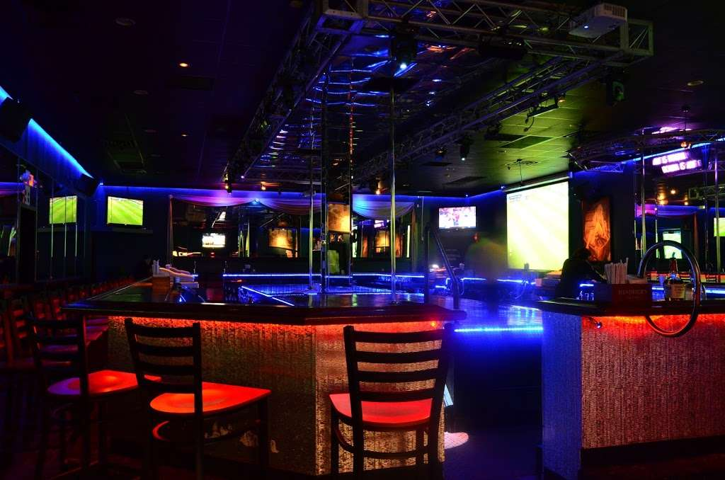 The Oasis - night club  | Photo 9 of 10 | Address: 6798 Essington Ave, Philadelphia, PA 19153, USA | Phone: (215) 937-0200