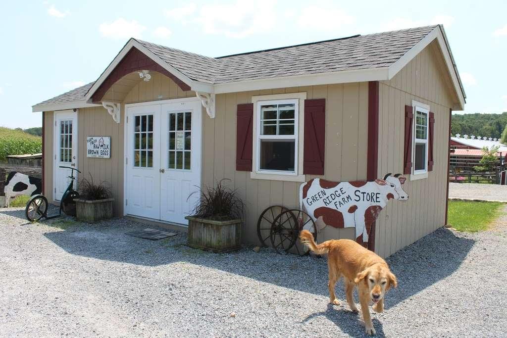 Green Ridge Farm - bakery  | Photo 1 of 10 | Address: 220 Octorara Rd, Parkesburg, PA 19365, USA | Phone: (610) 857-2351