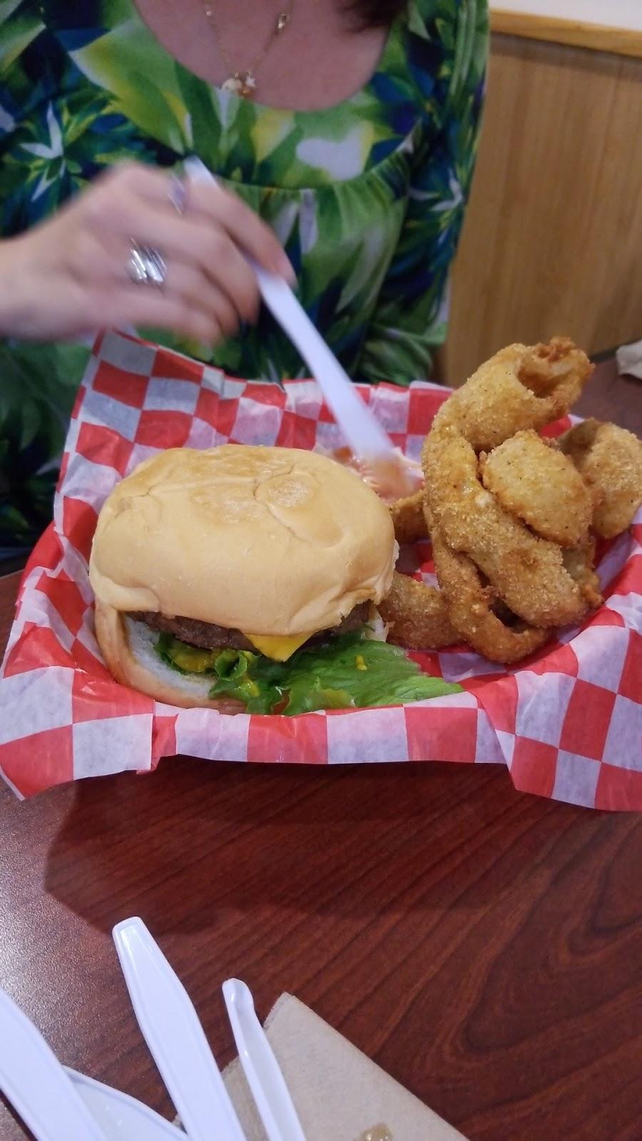 Rickys Burgers - restaurant  | Photo 9 of 10 | Address: 7630 TX-146, Baytown, TX 77523, USA | Phone: (281) 918-0172