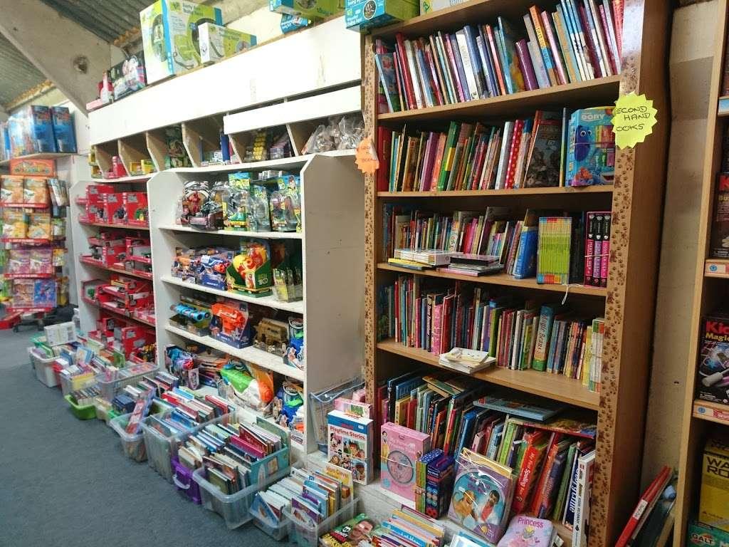 Toytime - store  | Photo 5 of 10 | Address: Leigh Rd, Tonbridge TN11 9AQ, UK | Phone: 01732 833695