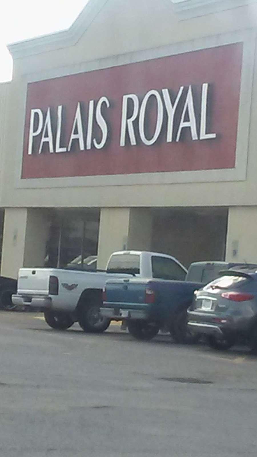 Palais Royal - department store  | Photo 3 of 7 | Address: 2323 N Main St, Liberty, TX 77575, USA | Phone: (936) 334-0400