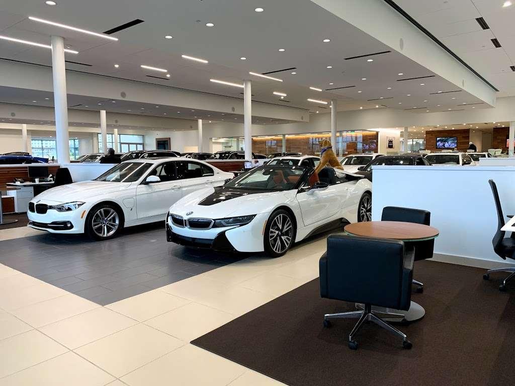 BMW of San Antonio - car dealer  | Photo 5 of 10 | Address: 15507 I-10, San Antonio, TX 78249, USA | Phone: (210) 732-7121