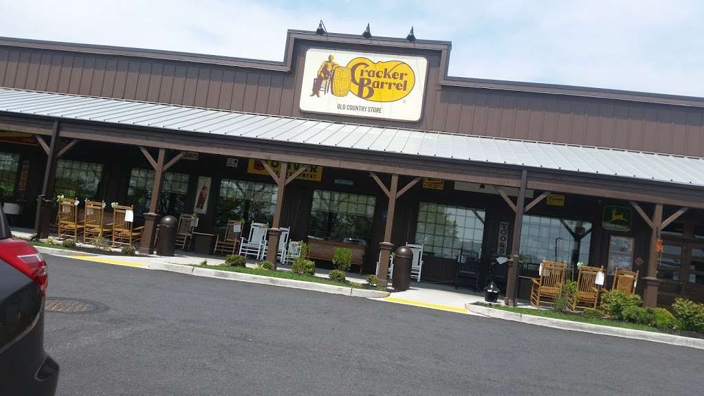 Cracker Barrel Old Country Store - store  | Photo 3 of 10 | Address: 125 S Stewart Ave, Ridley Park, PA 19078, USA | Phone: (610) 521-1567