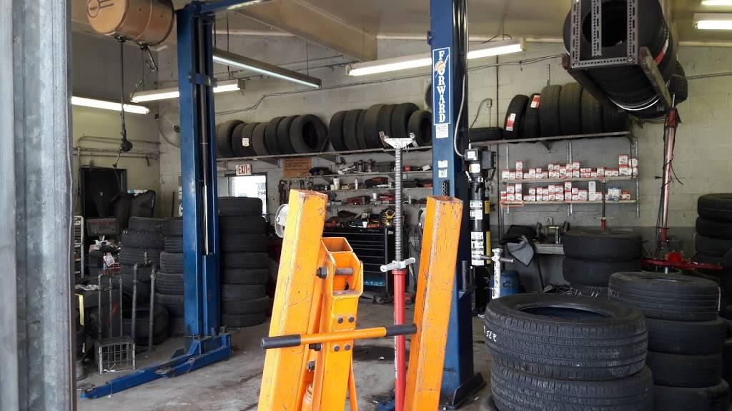 B & R Tire Services - car repair  | Photo 5 of 10 | Address: 4120 N Glenn Ave, Winston-Salem, NC 27105, USA | Phone: (336) 767-2910