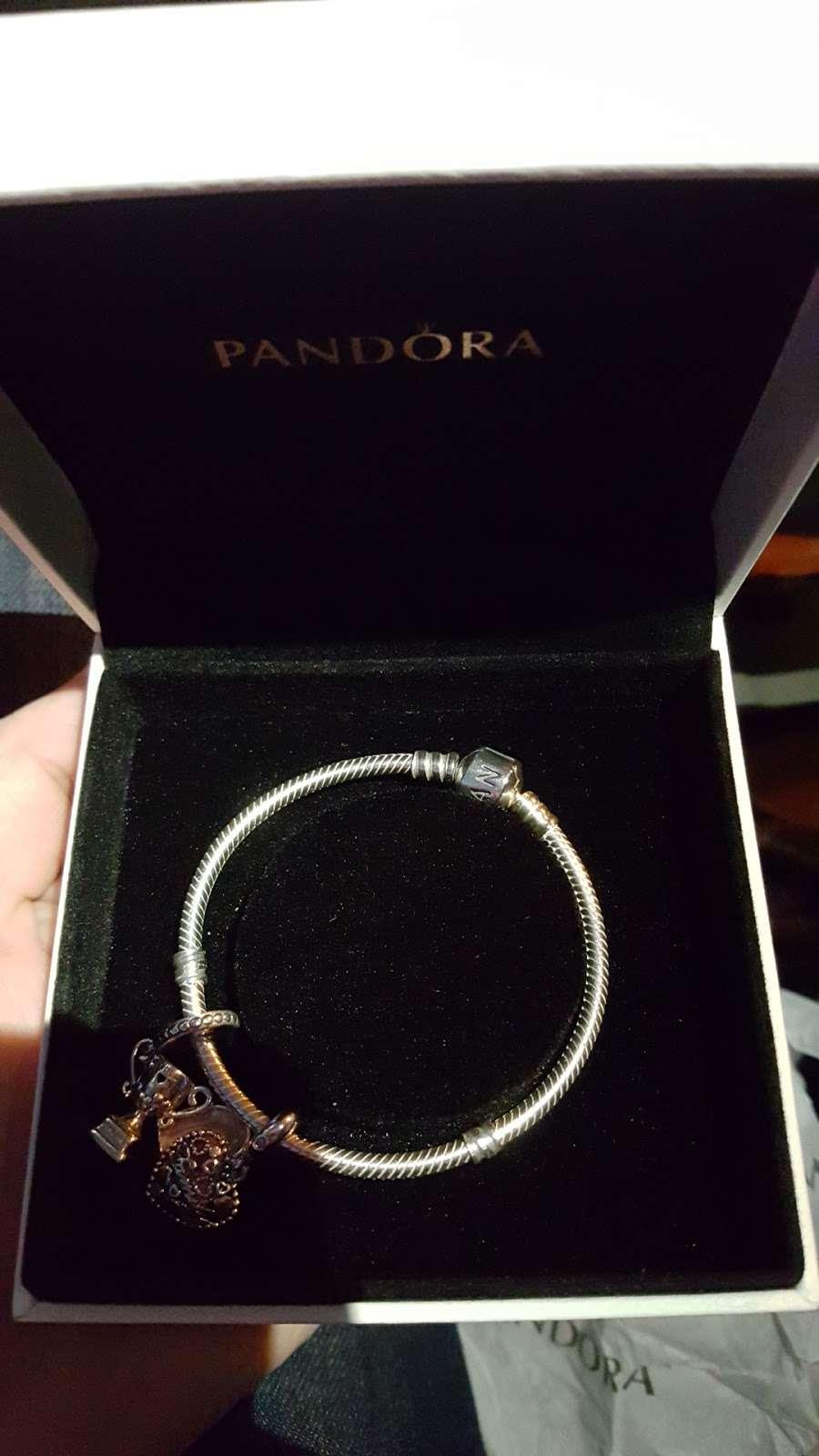 PANDORA Jewelry - jewelry store    Photo 9 of 9   Address: 1107 Green Acres Rd S #103, Valley Stream, NY 11581, USA   Phone: (516) 654-6440