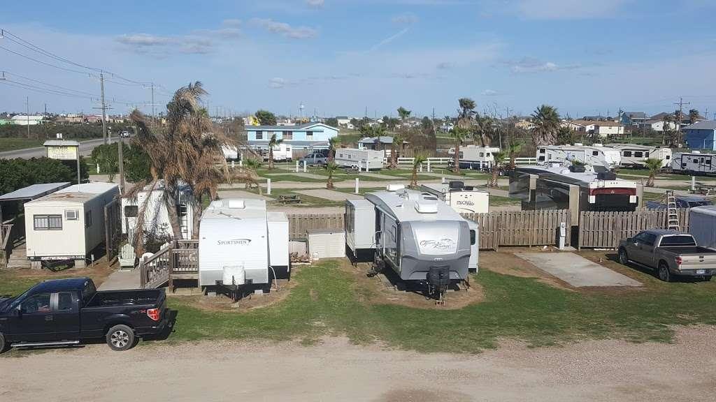 Beach Side RV Park - rv park  | Photo 1 of 10 | Address: 1280 State Hwy 87, Crystal Beach, TX 77650, USA | Phone: (409) 996-3288