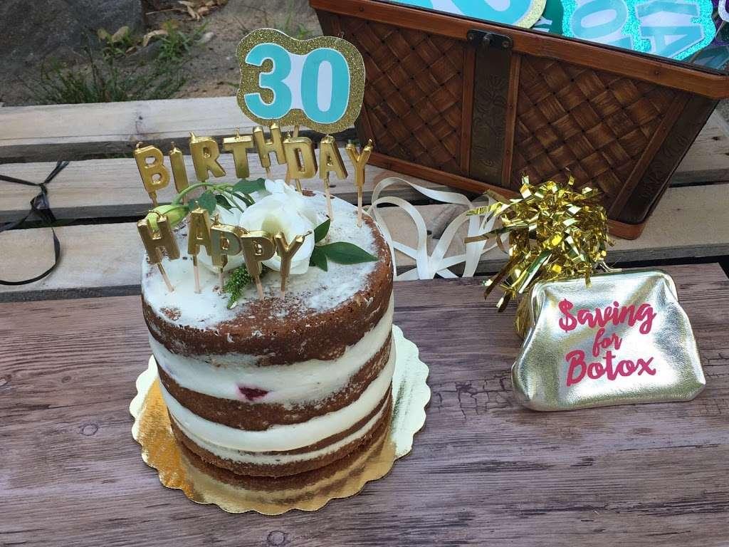 Luckybird Bakery - bakery  | Photo 8 of 10 | Address: 163 Montrose Ave, Brooklyn, NY 11206, USA | Phone: (917) 412-9455