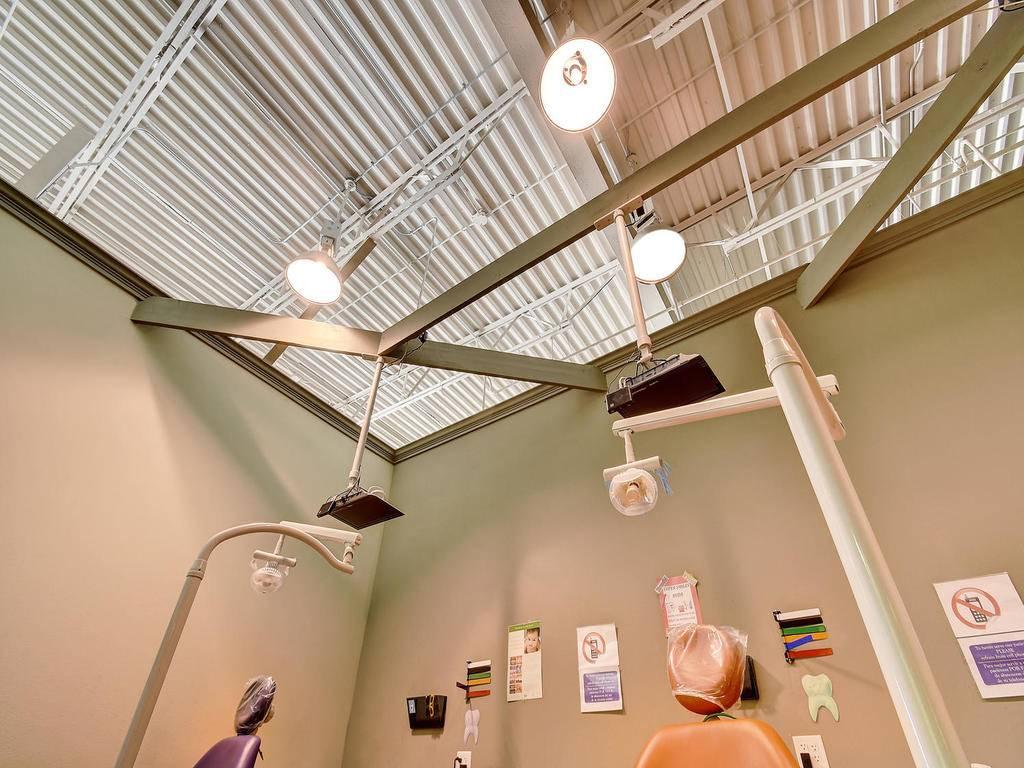 Vida Dental Buda - dentist    Photo 5 of 9   Address: 15300 S IH 35 Frontage Rd # 300, Buda, TX 78610, USA   Phone: (512) 523-8183