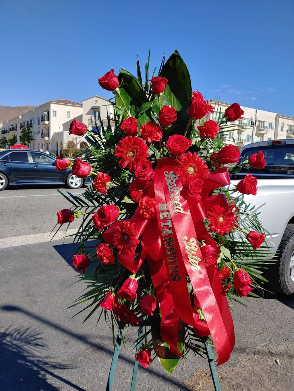 Alinas Florist - florist  | Photo 4 of 10 | Address: Avon St, Riverside, CA 92509, USA | Phone: (951) 217-5895