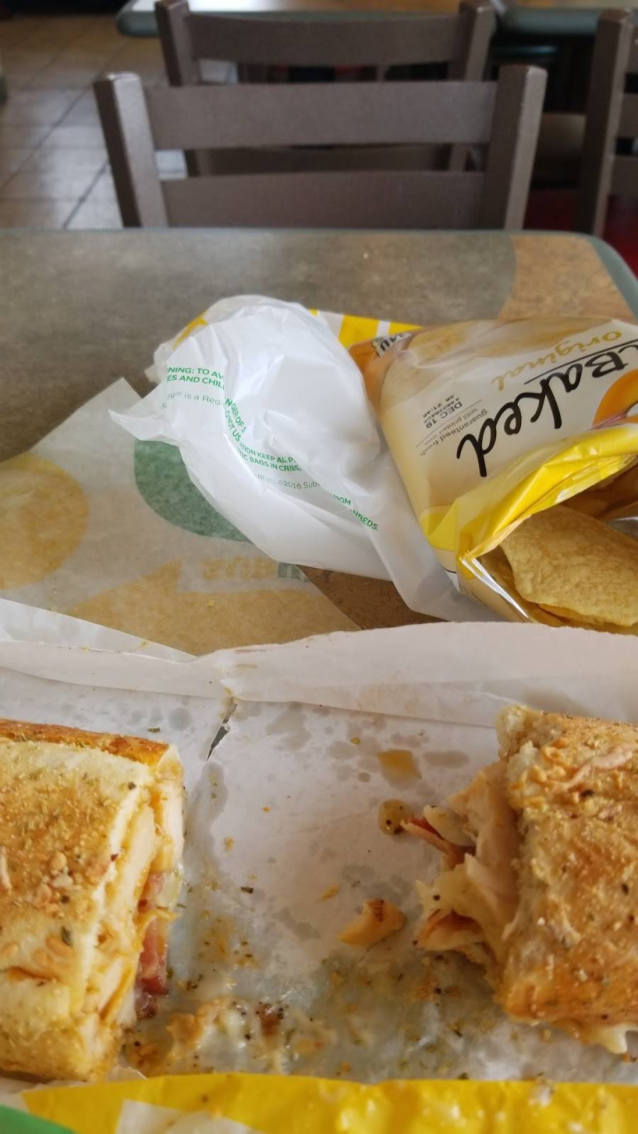 Subway - restaurant    Photo 7 of 9   Address: 5415 Dyer St, El Paso, TX 79904, USA   Phone: (915) 564-0593