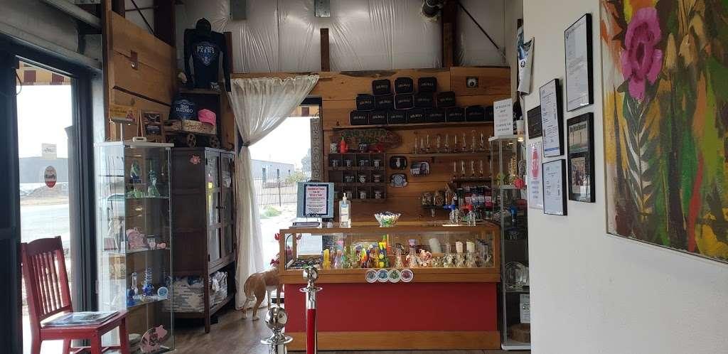 Rio Vista Farms - store  | Photo 6 of 10 | Address: 11 Richard Brann Drive, Rio Vista, CA 94571, USA | Phone: (833) 424-4283