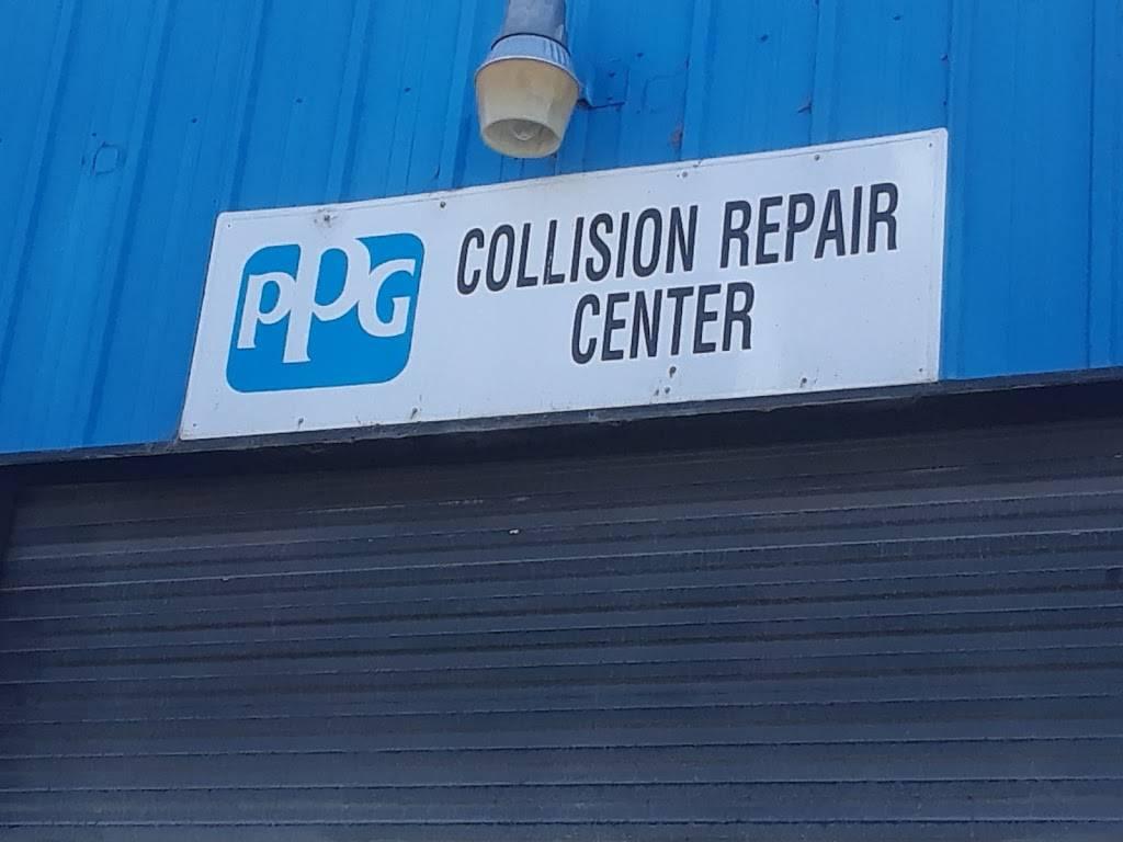 Auto Body Express - car repair    Photo 2 of 8   Address: 903 Williams St, San Leandro, CA 94577, USA   Phone: (510) 346-2886