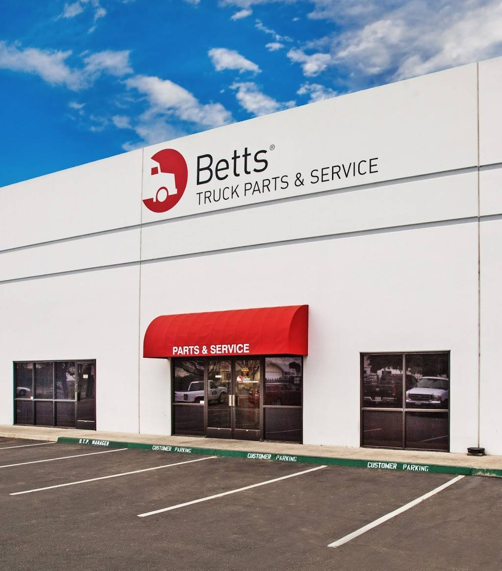 Betts Truck Parts & Service - car repair    Photo 1 of 10   Address: 2867 S Maple Ave, Fresno, CA 93725, USA   Phone: (559) 498-8624