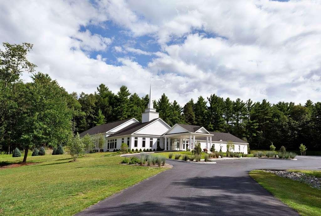 Grace Covenant Church - church  | Photo 6 of 10 | Address: 11 Colby Rd, Litchfield, NH 03052, USA | Phone: (603) 429-2979