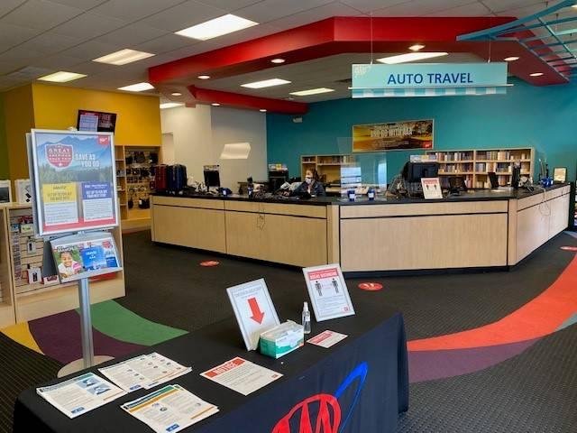 AAA Wichita West - insurance agency  | Photo 2 of 3 | Address: 2110 N Maize Rd Suite 400, Wichita, KS 67212, USA | Phone: (316) 942-0008
