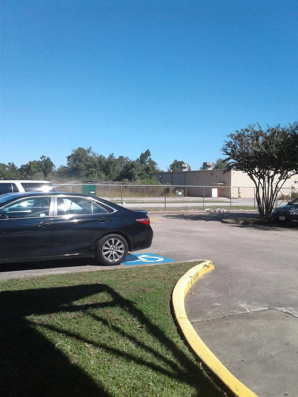 Harris County Hospital Settegast - doctor    Photo 8 of 10   Address: 9105 N Wayside Dr, Houston, TX 77028, USA   Phone: (713) 633-2020