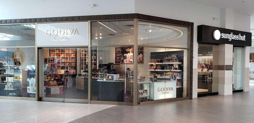 Godiva Chocolatier - store    Photo 2 of 10   Address: 8001 S Orange Blossom Trail, Orlando, FL 32809, USA   Phone: (407) 857-5549
