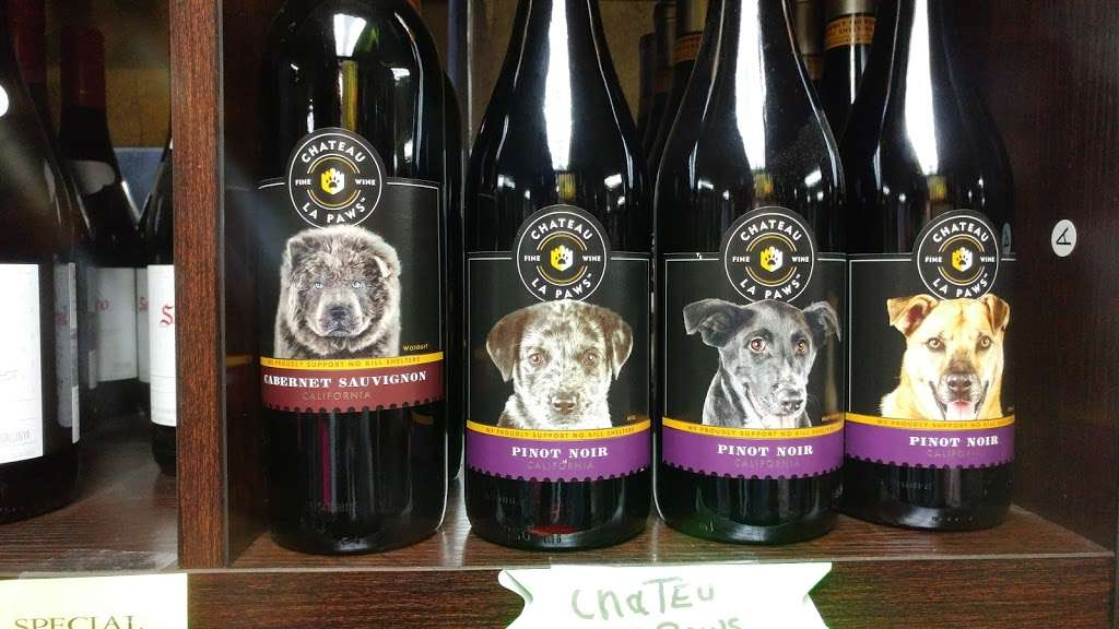 Masoods Liquor & Deli - store  | Photo 3 of 10 | Address: 7970 CA-9, Ben Lomond, CA 95005, USA | Phone: (831) 336-2555