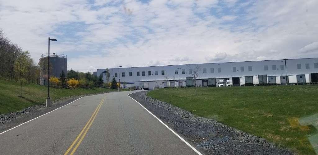 Medline Industries - Storage | 3301 US-6, Middletown, NY 10940, USA