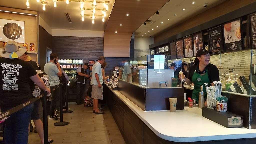 Starbucks - cafe  | Photo 8 of 10 | Address: 600 World Way, Los Angeles, CA 90045, USA