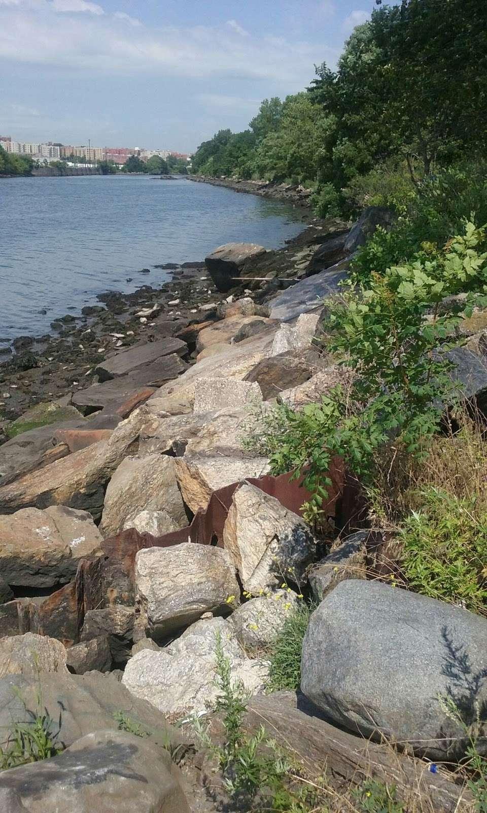 Soundview Park - park  | Photo 2 of 10 | Address: Bronx, NY 10473, USA