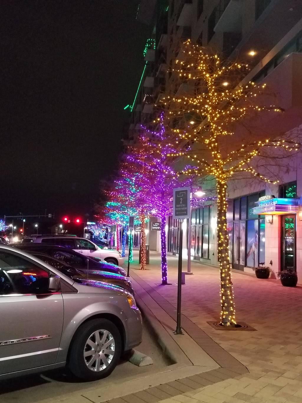 Addison Ice House - restaurant  | Photo 4 of 9 | Address: 3875 Ponte Ave #250, Addison, TX 75001, USA | Phone: (972) 218-0921