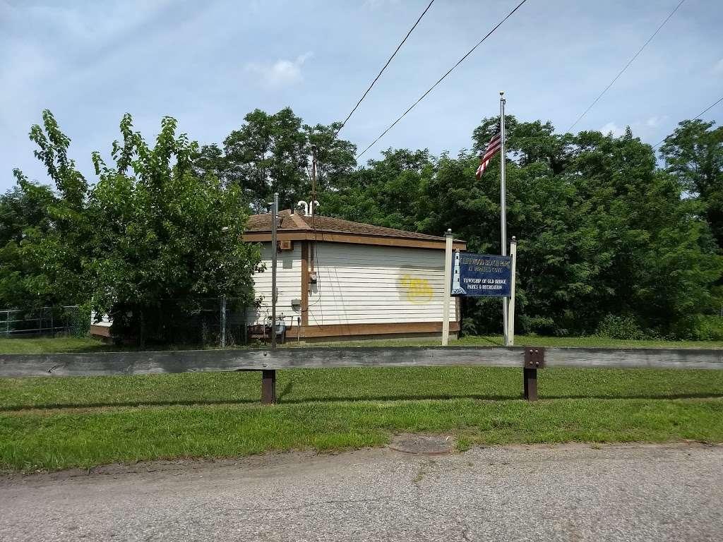 Pirate's Cove - park  | Photo 4 of 10 | Address: 449 Raritan Blvd, Keyport, NJ 07735, USA | Phone: (908) 587-4137