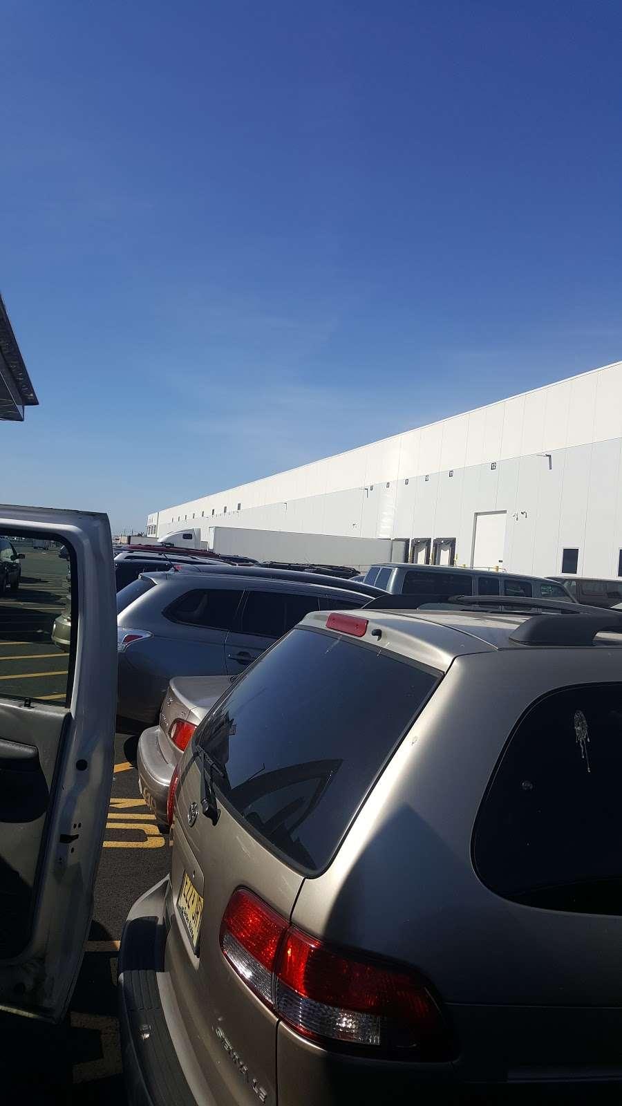 Luso Transport Co - moving company  | Photo 1 of 1 | Address: 169 Blanchard St, Newark, NJ 07105, USA | Phone: (973) 522-0028