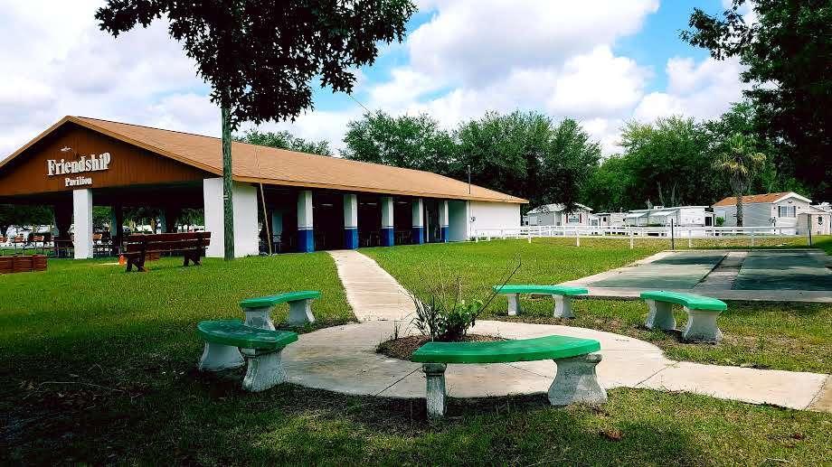 The Springs RV Resort - rv park  | Photo 5 of 10 | Address: 2950 NE 52nd Ct, Silver Springs, FL 34488, USA | Phone: (352) 236-5250