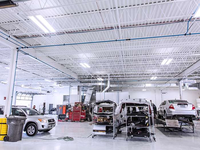 Gerber Collision & Glass - car repair  | Photo 3 of 10 | Address: 6140 W 159th St, Oak Forest, IL 60452, USA | Phone: (708) 687-0428