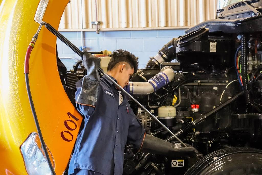 Flag City Truck Wash and Service - car repair  | Photo 9 of 9 | Address: 6386 West, Capitol Ave, Lodi, CA 95242, USA | Phone: (209) 333-1001