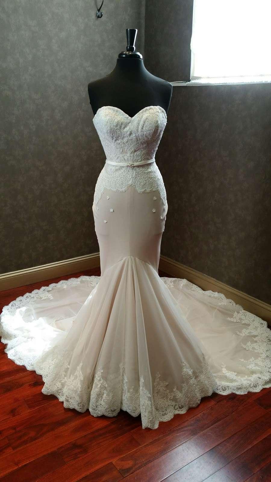 Couture de Bride - clothing store    Photo 9 of 10   Address: 406 Cedar Ln, Teaneck, NJ 07666, USA   Phone: (201) 357-4877