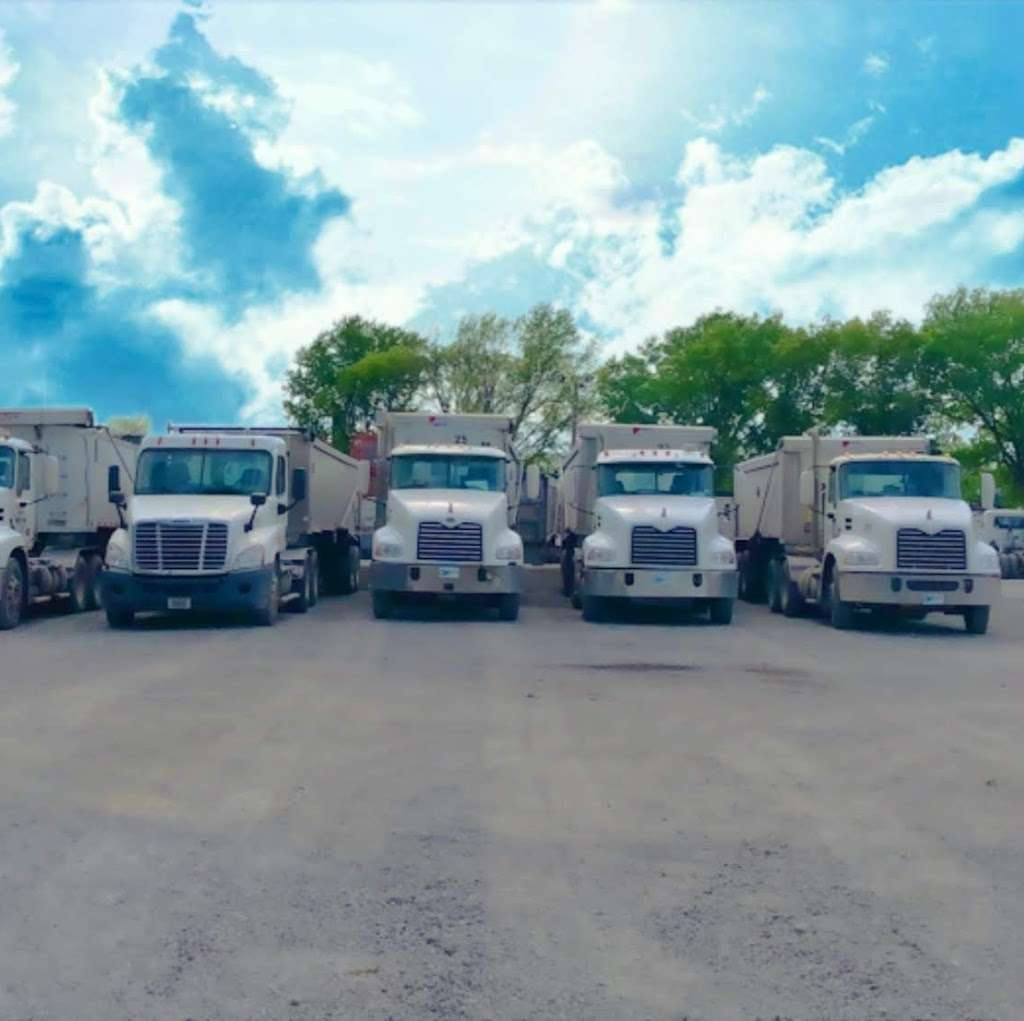 Garus Trucking Inc. - moving company  | Photo 1 of 5 | Address: 7264 W 21st Ave, Gary, IN 46406, USA | Phone: (219) 803-7745