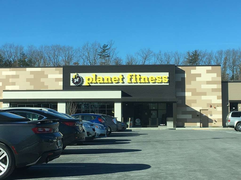 Planet Fitness - gym  | Photo 1 of 8 | Address: 360 Daniel Webster Hwy Ste103, Merrimack, NH 03054, USA | Phone: (603) 717-3446