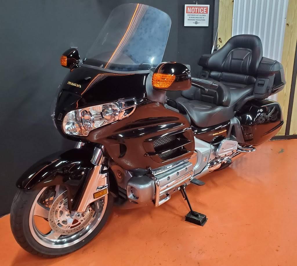 Central Moto - store  | Photo 7 of 9 | Address: 351 NE 79th St #102, Miami, FL 33138, USA | Phone: (786) 506-6061