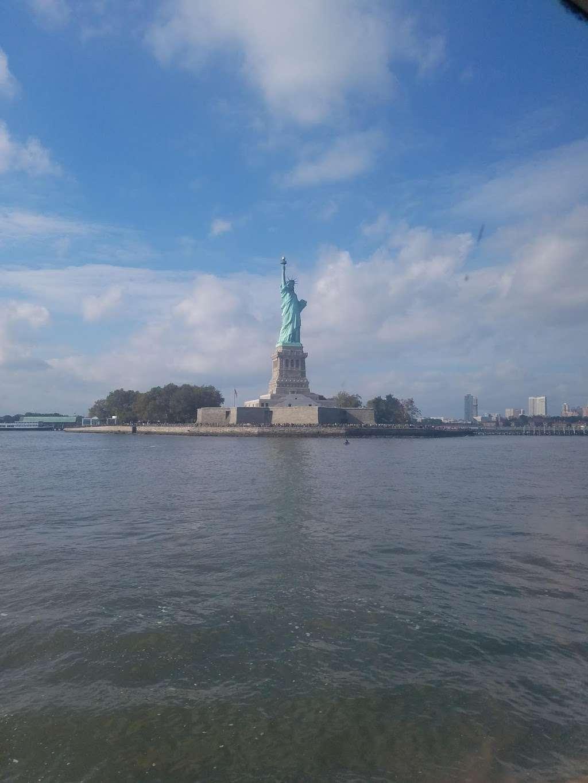 Audio Tour Kiosk - travel agency  | Photo 9 of 10 | Address: Brooklyn, NY 11231, USA | Phone: (212) 363-3180