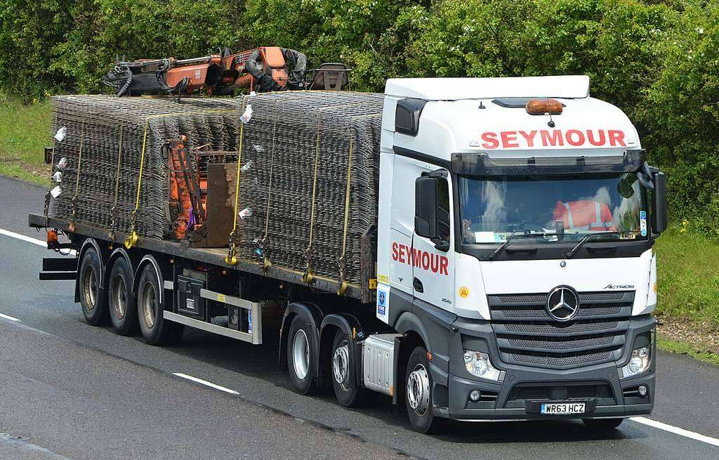 Seymour Transport Ltd - moving company  | Photo 6 of 10 | Address: Westmead, Aylesford, ME20, Larkfield ME20 6XJ, UK | Phone: 01622 790990