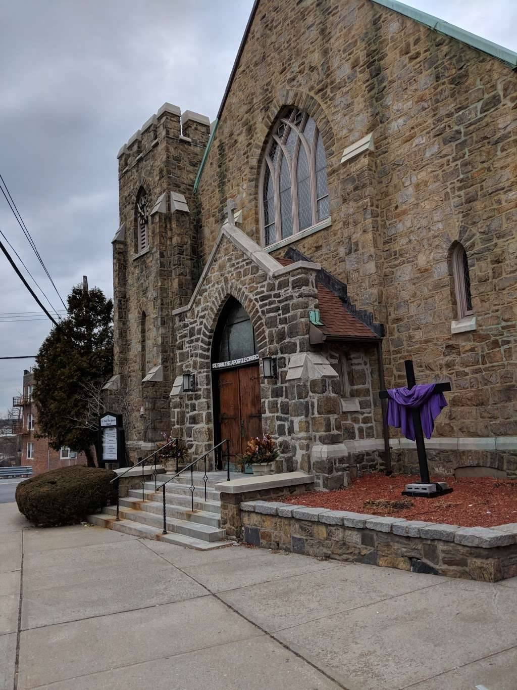 Saint Paul the Apostle Catholic Church - church  | Photo 1 of 3 | Address: Yonkers, NY 10705, USA | Phone: (914) 963-7330