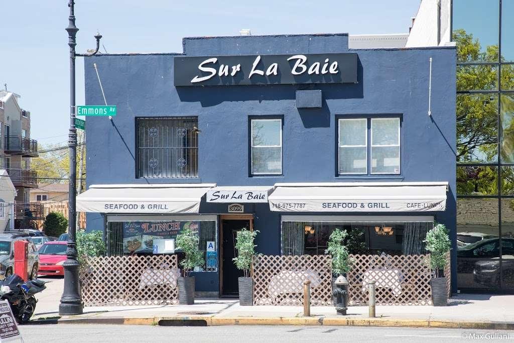 Sur La Baie - restaurant  | Photo 3 of 10 | Address: 3099 Emmons Ave, Brooklyn, NY 11235, USA | Phone: (718) 975-7787
