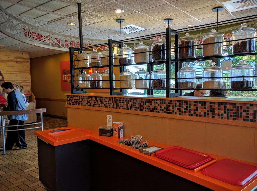 Popeyes Louisiana Kitchen - restaurant  | Photo 2 of 10 | Address: 1416 S Military Trail, West Palm Beach, FL 33415, USA | Phone: (561) 963-6119