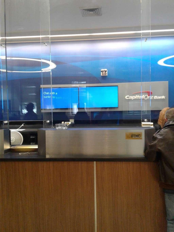 Capital One Bank - bank  | Photo 5 of 8 | Address: 115-20 Jamaica Ave, Richmond Hill, NY 11418, USA | Phone: (718) 849-0901